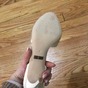 Shoes - Badgley Mischka pumps
